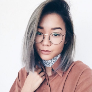 @stylesteffi wearing Daydream eyeglasses from Eyebuydirect