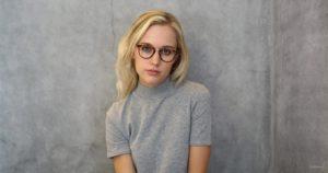 Girl wearing tortoise eyeglasses
