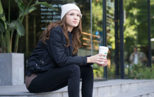girl-coffee-starbucks-beanie-glasses