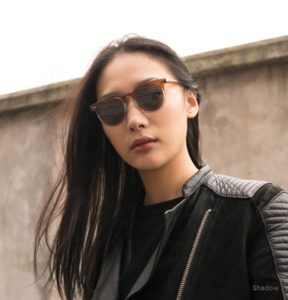 Woman with polarized sunglasses