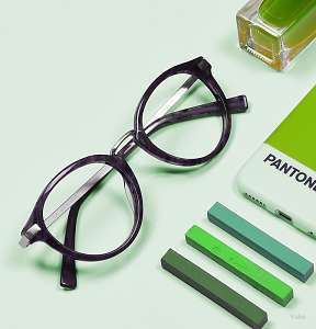 how to choose eyeglasses color - green - glasses