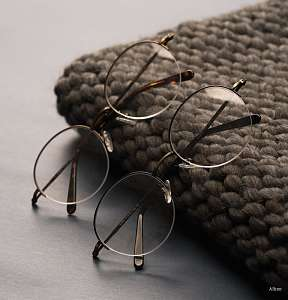 retro round glasses - two glasses - hat