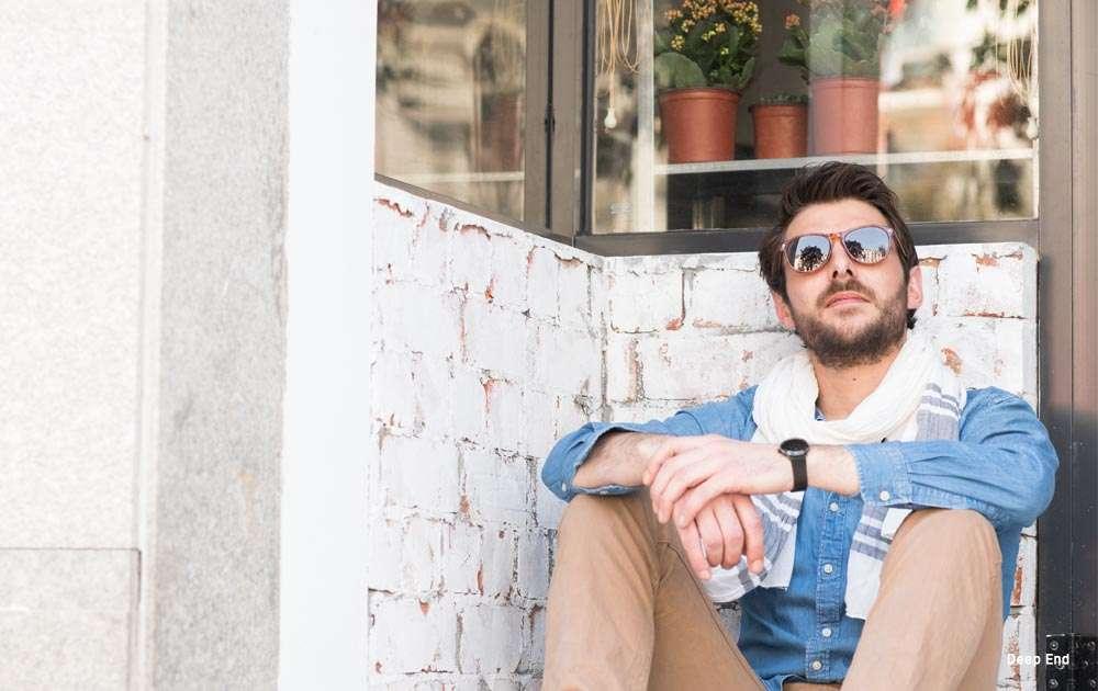 mirror lens sunglasses for men - guy - sitting