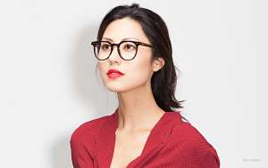 thick black glasses - girl - red shirt