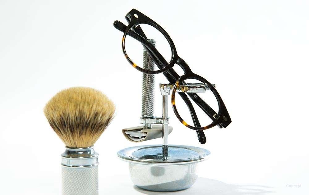 standard progressive lens review - makeup brush - glasses