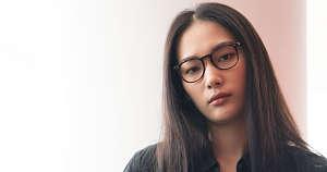 designer frames - girl