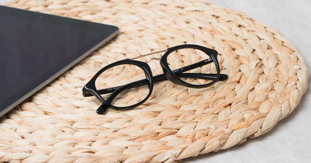 Anti Reflective Coating on Glasses: Must Know Facts