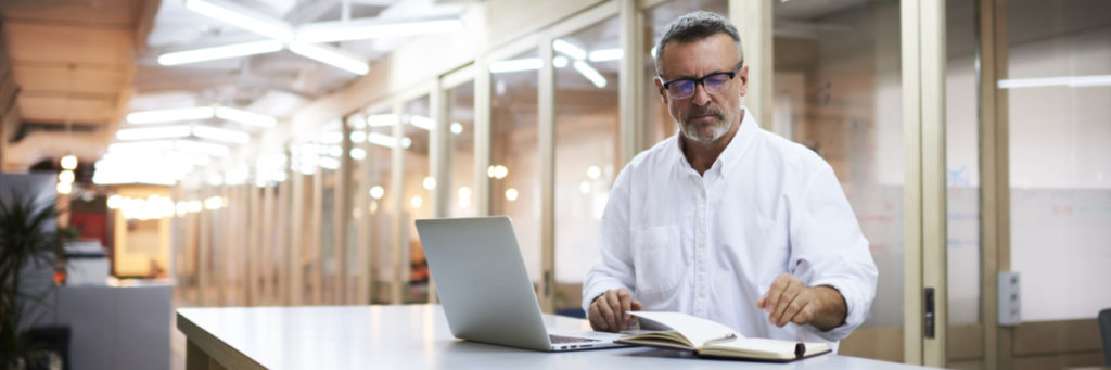 Are reading glasses and computer glasses the same?